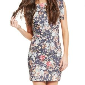 Line & Dot | DEEP V BACK FLORAL DRESS Size S